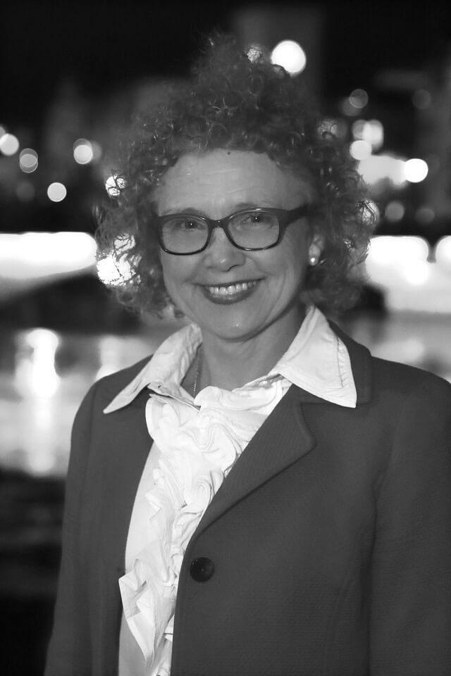 Dr Kathryn M. Ritchie